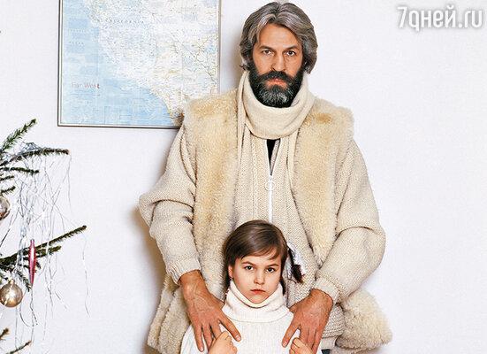 Уверена: той близости, какая была у дочки  с отцом, между ними нет. Хотя вижу, что семья Вертинских сейчас у Даши на первом месте