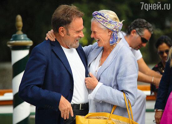 Сегодня Ванесса и Франко уже не устраивают ссор, споря, где осесть, — он свыкся с тем, что любимая женщина бороздит мир, а ему хватает родного Рима