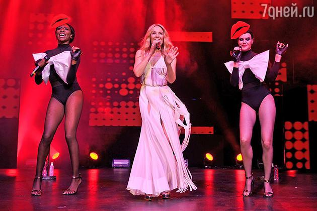 Кайли Миноуг на сцене