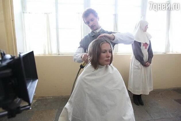 Мария Кожевникова на съемках фильма «Батальон смерти»»