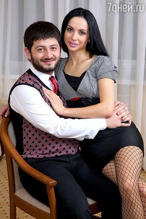 Михаил Галустян, Виктория Галустян