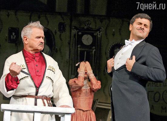 Гурам Баблишвили с Сергеем Никоненко в спектакле «Ханума»