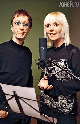 С легендарным Робином Гиббом из «The Bee Gees»