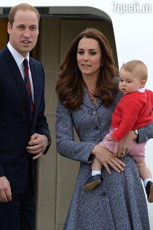 Принц Уильям и Кейт Миддлтон c сыном