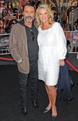 Йен МакШейн  с супругой