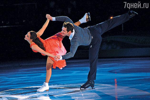 Валерия Ланская и Алексей Тихонов в ледовом шоу. 2010 г.