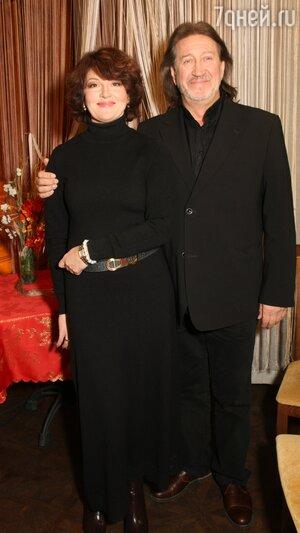 Олег Митяев с женой Мариной Есипенко
