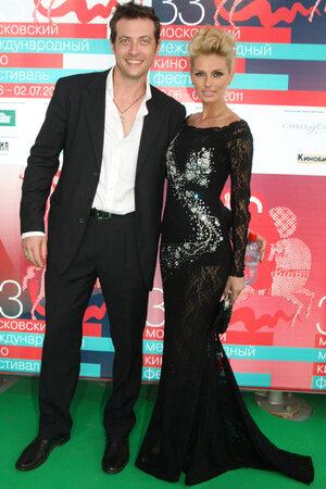 Саша Савельева и Кирилл  Сафронов. ММКФ 2011 год