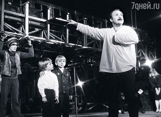 В тот вечер давали спектакль «Владимир Высоцкий», где Губенко играл одну из ролей
