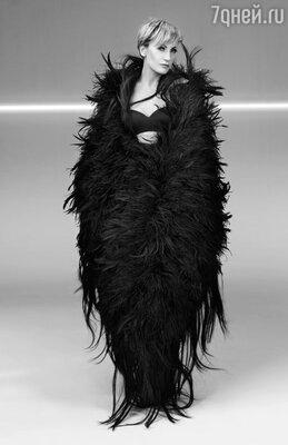 Я делаю концерт-посвящение Эдит Пиаф. Это необыкновенная и по силе и внутреннему содержанию программа
