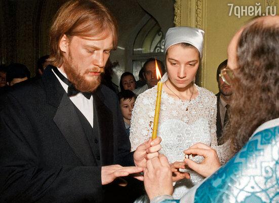 Катин сын Дмитрий женился на дочери скульптора Клыкова Любе. У моей сестры уже семеро внуков