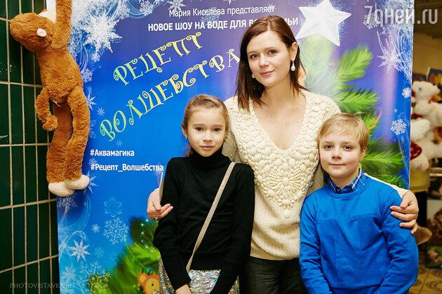 Дарья Калмыкова, Макар Мохов