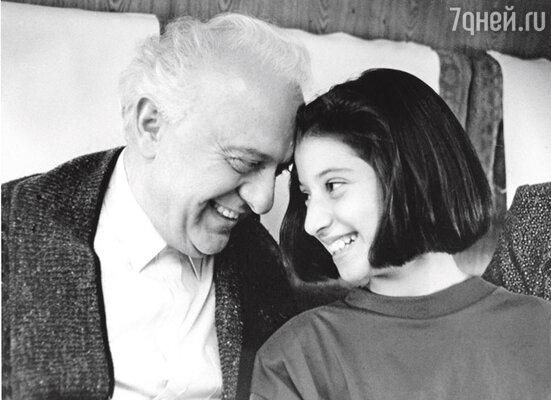 Софико с любимым дедушкой Эдуардом Шеварднадзе