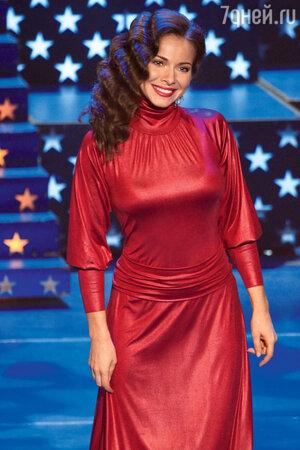 Екатерина Гусева. Церемония вручения премии «Ника». 2010 г.