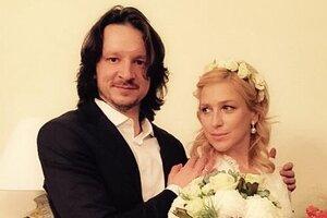Ирина Гринева снова надела свадебное платье