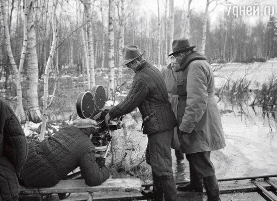 Чтобы снять кадр, Урусевский мог часами в промокшем ватнике пролежать в грязи и в болоте