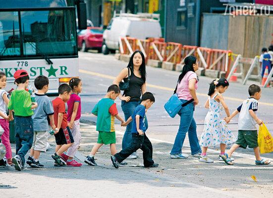 В Чайна-тауне есть школы с преподаванием как на английском языке, так и на китайском