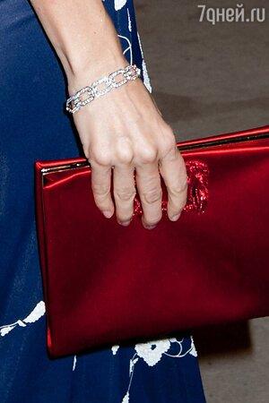 Наоми Уоттс блеснула роскошными ювелирными украшениями от Harry Winston