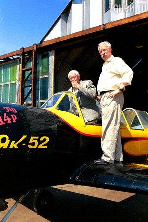 Одно из любимых хобби Леонида Якубовича — пилотирование самолетов