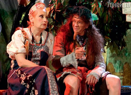 Татьяне Орловой и Марату Башарову придется сменить в фильме немало образов, в детской сказке они станут Аленушкой и Бабой-Ягой