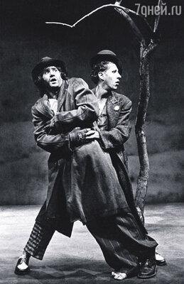 В молодости Мел Гибсон и Джеффри Раш жили в одной квартире и вместе играли в спектакле «В ожидании Годо» С.Беккета