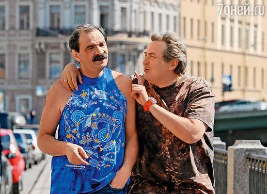 Стоянов постоянно подтрунивал над пристрастием друга-партнера к ярким расцветкам