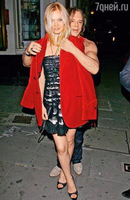 Елена с Микки Рурком. Лондон, сентябрь 2009 г.