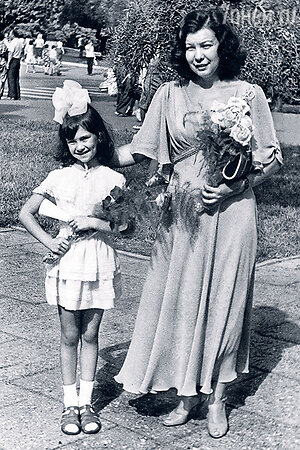 Нонна Гришаева с мамой