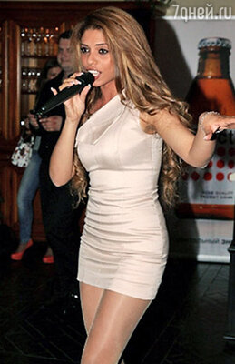 Певица Габриэлла
