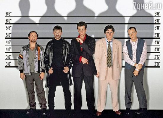 «Подозрительные лица» — пожалуй, единственный достойный фильм в карьере Стивена, где ему посчастливилось подавать реплики таким титанам, как Кевин Спейси и Гэбриел Бирн. Кадр из фильма «Подозрительные лица». Слева направо: Кевин Полак, Стивен Болдуин, Бенисио Дель Торо, Гэбриел Бирн, Кевин Спейси, 1995 г