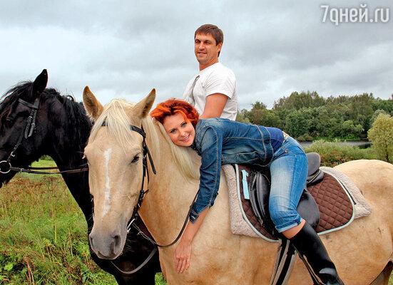 Первого парня на деревне сыграл Дмитрий Орлов (с Ольгой Погодиной)