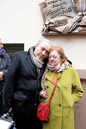 Муж Гурченко Сергей Сенин и ее дочь Мария