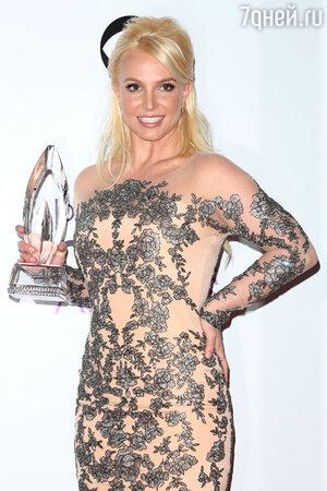 Бритни Спирс на церемонии People's Choice Awards 2014