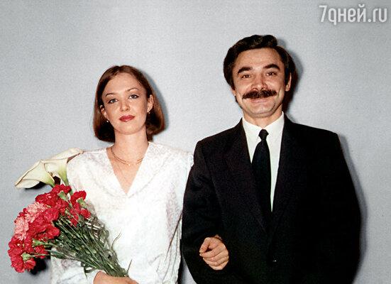 Нашу с Панкратовым свадьбу отгуляли весело в ресторане «Арагви». Целый зал снимали