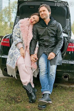 Виктор Васильев с женой Анной Снаткиной