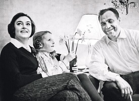 Отец из Ульянова вышел абсолютно сумасшедший. Он обожал дочь! Семья Ульяновых, 1967 г.