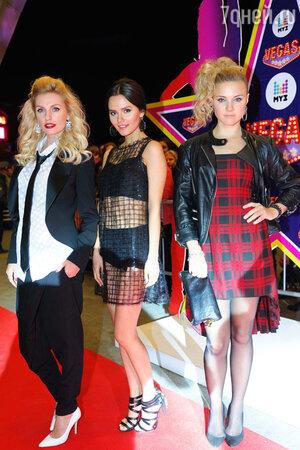 Группа «Фабрика» на празднования 17-летия канала «МУЗ-ТВ»