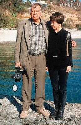 Я была папиной любимицей. Мы часто проводили время вместе... (Саша с отцом в Одессе)