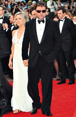 Расселл Кроу с женой Даниэль
