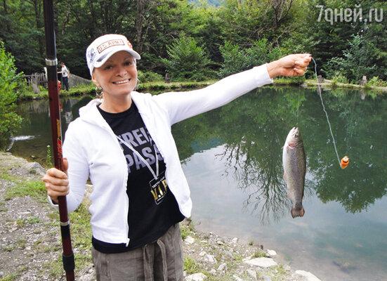 Рыбалка — любимое увлечение Ларисы