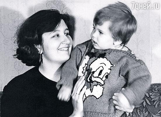 Со старшим сыном Михаилом