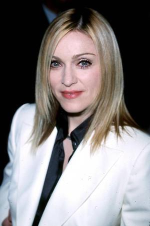Мадонна, 2001 год