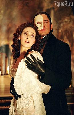 Кадр из фильма «Призрак оперы», 2004 год