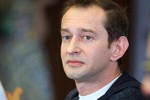 Константин Хабенский начал готовить новогодние подарки