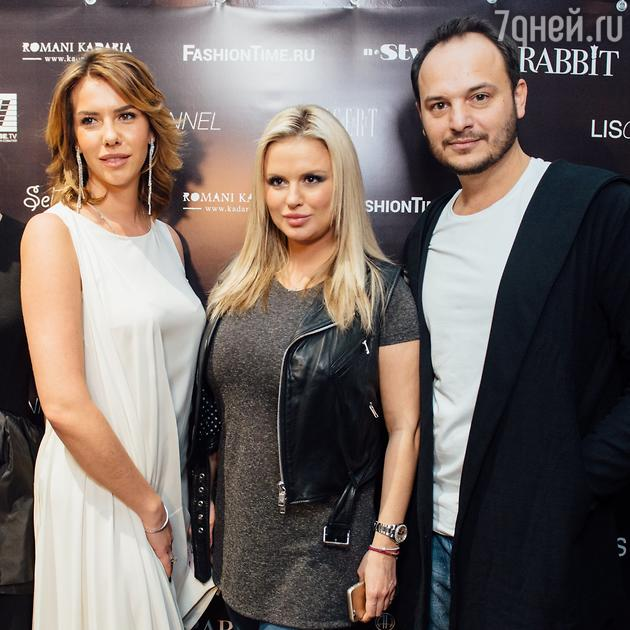Нелли Давыдова,  Анна Семенович, Роман Кадария