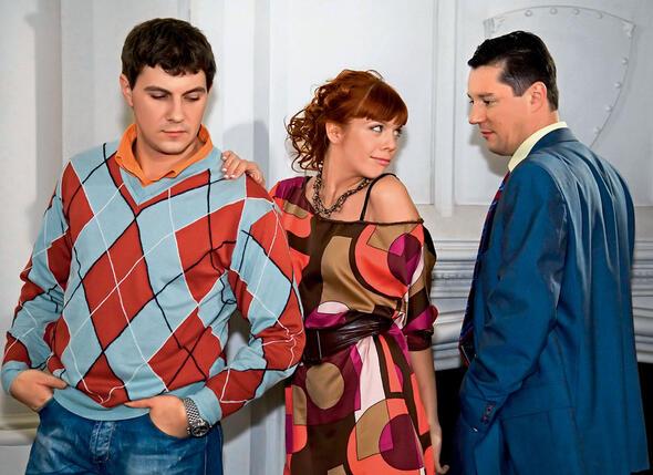 Анастасия Стоцкая и Алексей Секирин с Валерием Иваковым на съемочной площадке фильма «Шут и Венера»