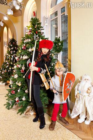 Ольга Дроздова с сыном Елисеем