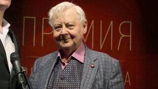ВИДЕО: Олег Табаков спел неприличную песенку