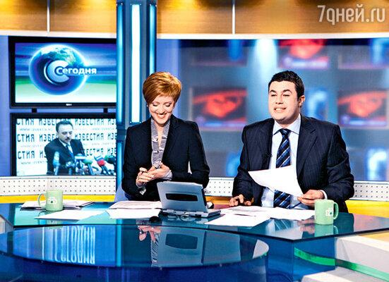 Однажды во время прямого эфира в студию к Ольге Беловой и Антону Хрекову ворвались гримеры. Рейтинг программы вырос в несколько раз