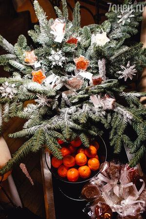 Состоялась традиционная предновогодняя «снежная» вечеринка в честь новой зимней ювелирной коллекции Yana
